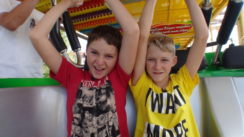 Rummel_3_Maurice und Aaron in Crazy Mouse_foto Frank Kleemann